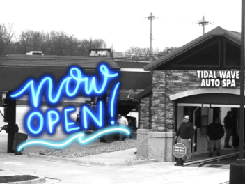 Tidal Wave Auto Spa in Raytown, MO