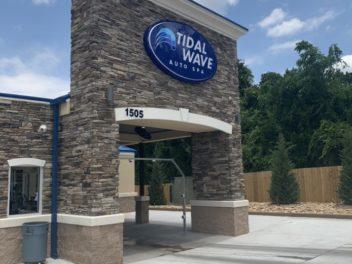Tidal Wave Auto Spa in Marietta, GA – Roswell Road