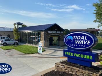 Tidal Wave Auto Spa in Kansas City, MO – Antioch Road